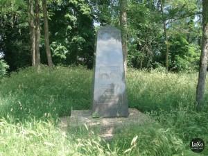 Spomenik Novi Zrin